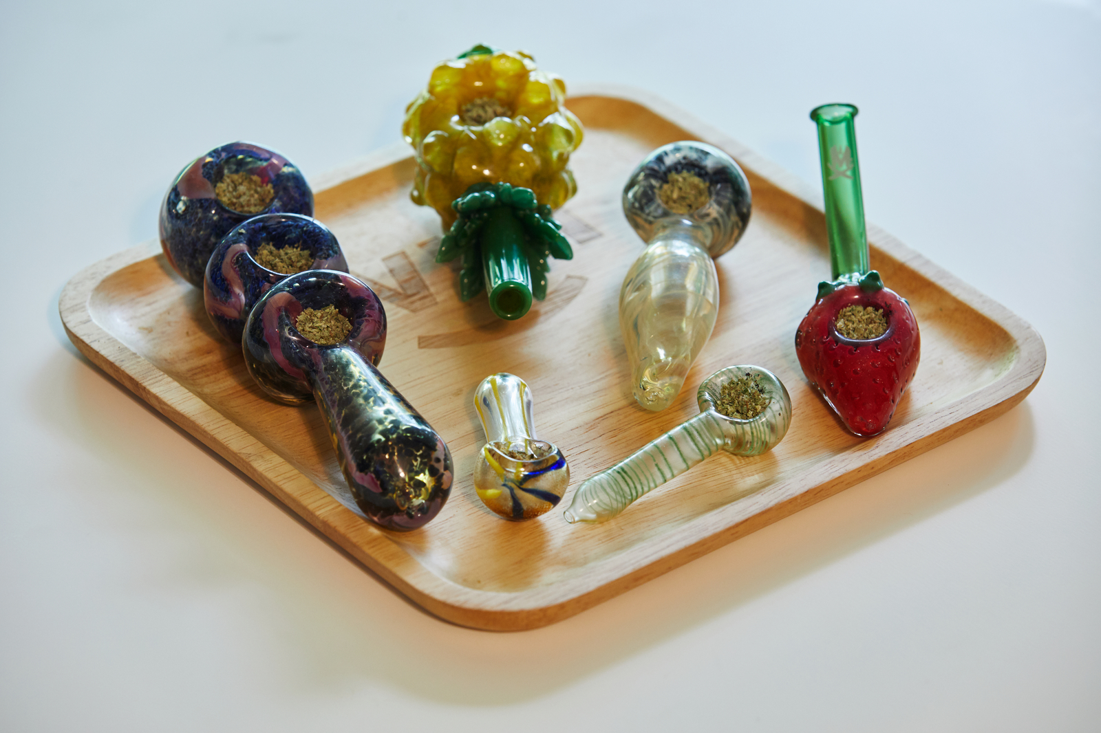 types of glass pipes